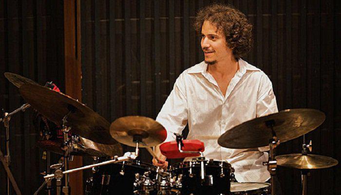 Cubano gana Premio Grammy